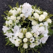 White Cluster wreath